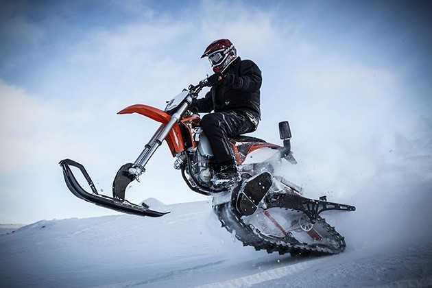 мотоцикл на лыжах