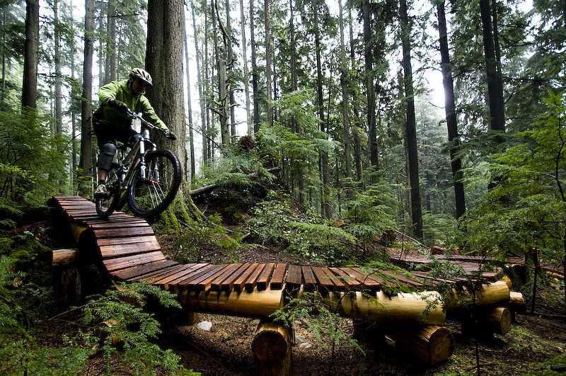 Фрирайд (freeride) – экстремальная дисциплина горного велосипеда