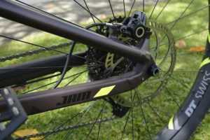 Задний тормоз велосипеда